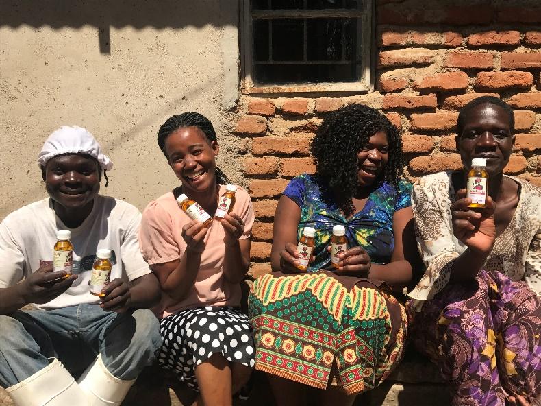 マラウイでバオバブオイルを製造している組合の1つ、Home Oils Cooperative。同組合のオイルはバオバブサンライズを通じて、日本でも販売されました